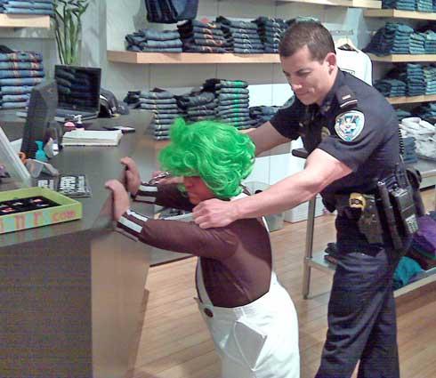 0715_officer_arrest