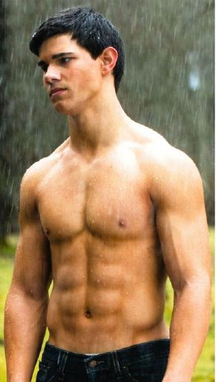Taylor_lautner_new_moon_shirtless2
